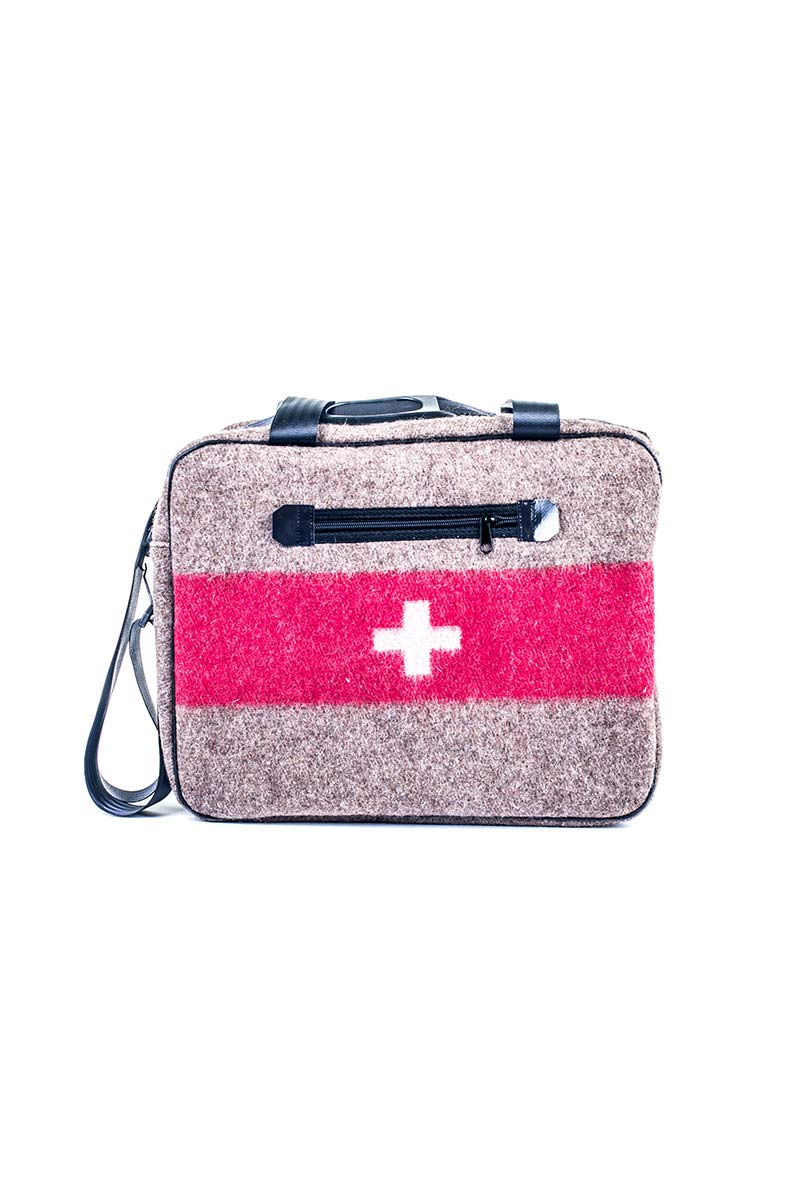 retrobag-swissarmy